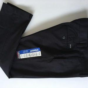 IZOD American Chino Straight Leg Pant 31 x 30 NWT